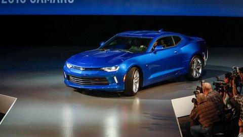Nový Chevrolet Camaro je menší, agilnejší, rýchlejší a o 90 kg ľahší
