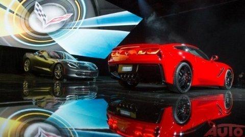 Nový Chevrolet Corvette je prvou hviezdou autosalónu