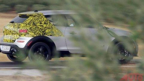 Mix kupé a SUV má zelenú. Mini Paceman predstavia v Paríži