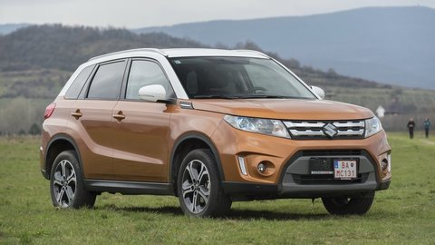 Motoring: Suzuki Vitara v prvom domácom teste a porovnávali sme 7 pneumatík pre SUV