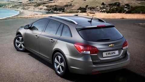Chevrolet ukázal praktický Cruze kombi