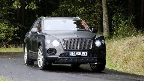 Bentley Bentayga tesne pred premiérou