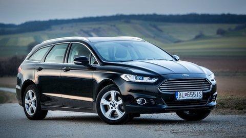 Motoring: Nový Ford Mondeo osloví jazdou aj dynamickými LED svetlami