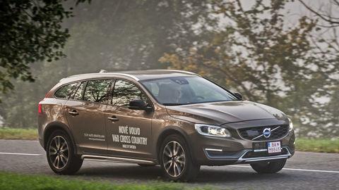 Volvo V60 CC AWD: Číslo päť ešte žije