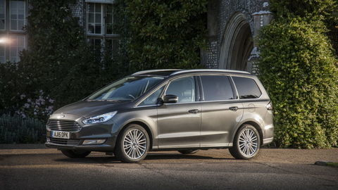 Ford Galaxy: Priestor nadovšetko