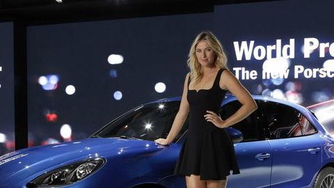 Automobilka Porsche suspendovala Šarapovovú