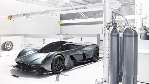 Aston Martin chce vyrábať hyperauto