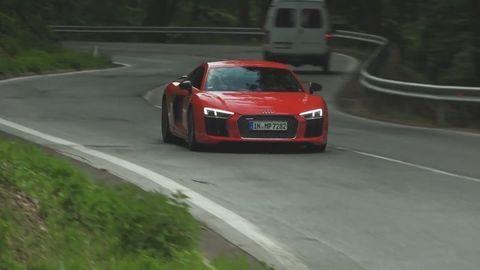 Test: Audi R8 V10 plus