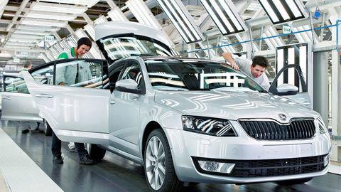 Škoda zarobí na jednom aute 1600 eur, Volkswagen 400 a Opel iba 190