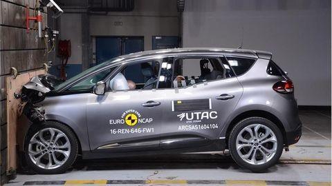 Kia Niro prišla o hviezdičku a Toyota Hilux je milosrdná k chodcom