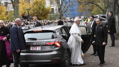 Pápež si vybral FIAT Tipo