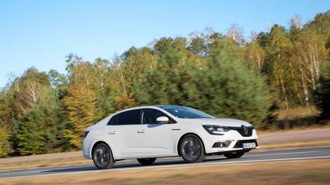 Renault Mégane GrandCoupé: Žiadne kupé, ale podarený sedan