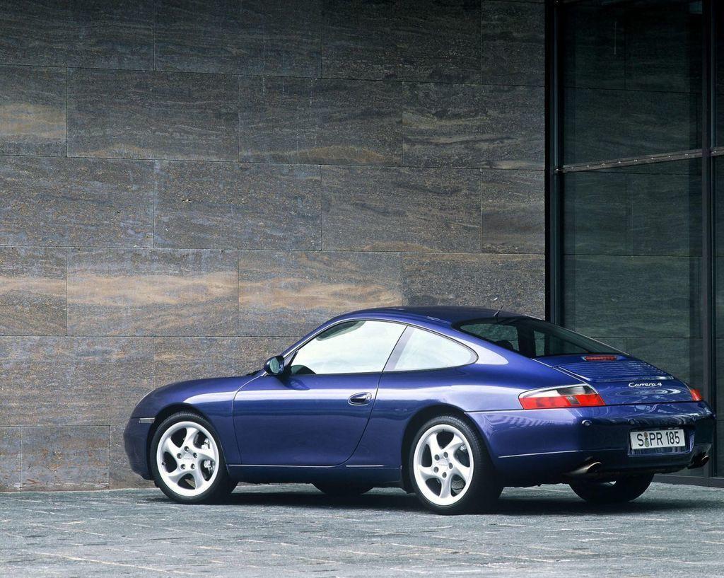 Content 1999 911 964 carrera 4 3point4