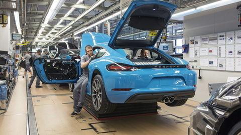 Porsche vyplatí zamestnancom rekordné prémie, vyše 9000 eur