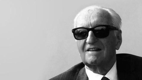 Zlodeji chceli ukradnúť telo Enza Ferrariho a potom zaň pýtať výkupné