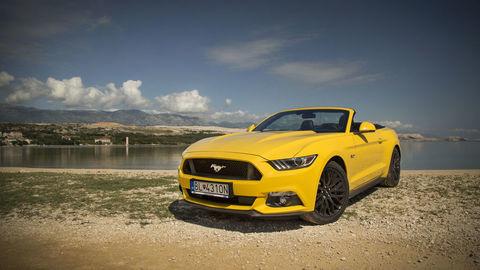 Ford Mustang Convertible 5.0: Lepší než kupé
