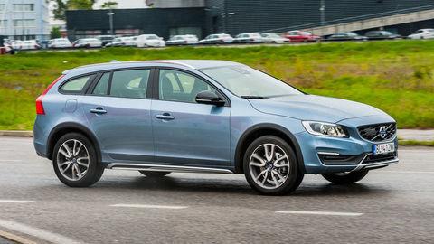 Volvo V60 CC AWD: Štvorvalec namiesto päťvalca