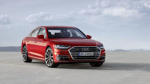Audi A8 má namiesto tlačidiel dotykové displeje s mechanickou odozvou
