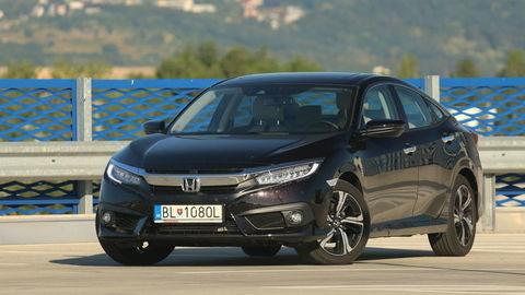 Honda Civic sedan 1,5 VTEC CVT: Trochu ako Accord
