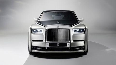 """Rolls-Royce ukázal nového """"Fantóma"""", najluxusnejšie auto na svete"""