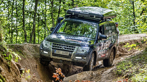 Motoring: Terénne dobrodružstvo s Mitsubishi a test Ford Edge