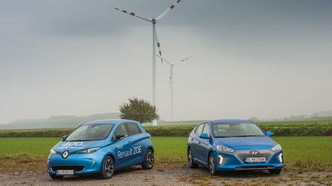 Test elektromobilov Hyundai Ioniq Electric a Renault Zoe