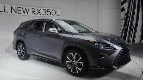 Lexus RX dostal tretí rad sedadiel
