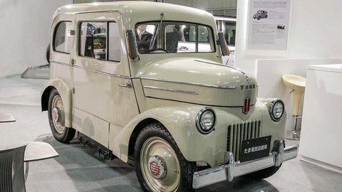 Nissan vyrábal elektromobily už pred sedemdesiatimi rokmi