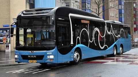 Autobusová flotila dlhá 1,5 kilometra