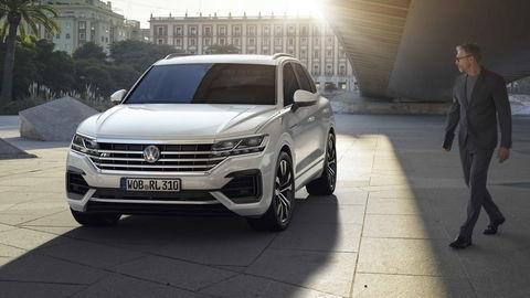 Motoring: nový Volkswagen Touareg podrobne a Hyundai i30 Fastback