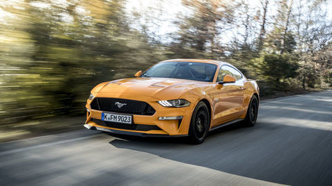 Motoring: Nádherne hlučný Ford Mustang, Kia Stonic a nový Ford Mustang