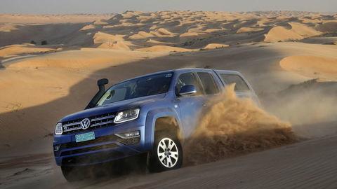 Motoring: Výprava do Ománu s VW Amarok a Duster medzi kužeľmi