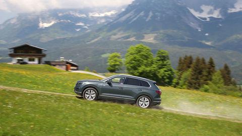 Motoring: Za volantom nového Volkswagenu Touareg a Toyota Yaris GRMN
