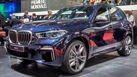 BMW X5: Keď v teréne sadne na brucho, pruženie sa automaticky dvihne ešte o 3 cm