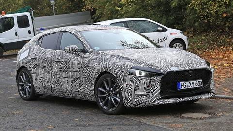 Nová Mazda3 má byť kráska medzi kompaktmi