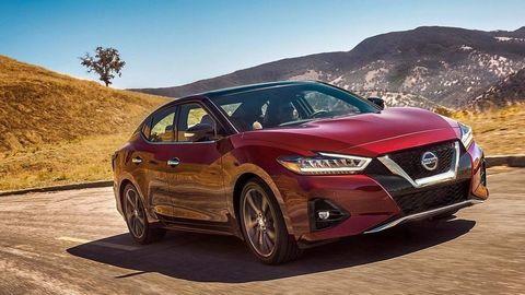 Inovovaný Nissan Maxima má premiéru v LA