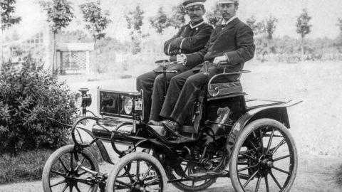 Prvý Opel oslávi 120. narodeniny, značka pripravuje množstvo noviniek