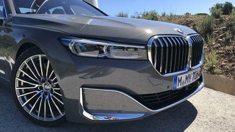 BMW 745Le: Obrovský gril kvôli Číne a nový plug-in hybrid