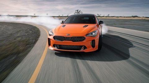Kia Stinger GTS má vylepšený pohon 4x4 a driftovací jazdný mód