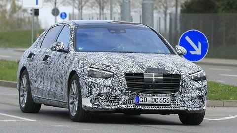 Nový Mercedes S-triedy už nadobúda kontúry