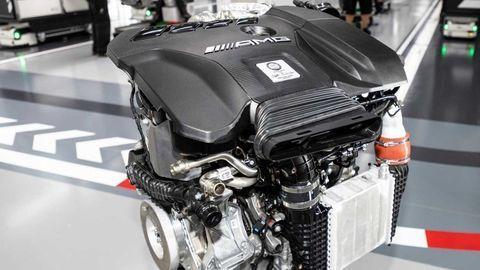 Najvýkonnejší štvorvalec Mercedes-AMG bude mať až 421 koní! Šialené...