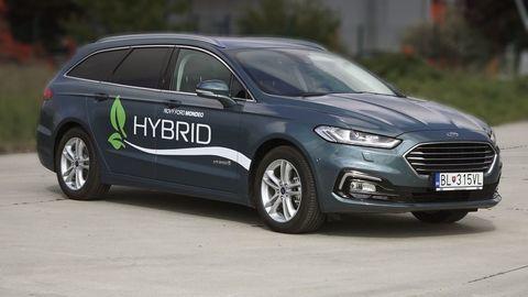 Ford Mondeo Hybrid kombi: Hybrid v správnej karosérii