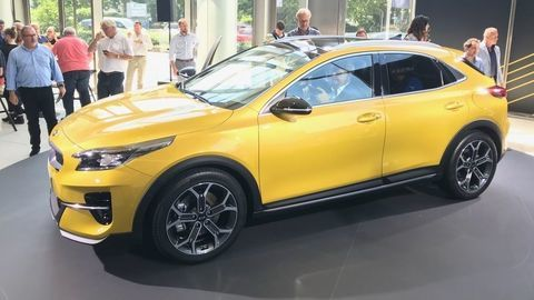 Hatchback, ani SUV: Kia predstavila XCeed (doplnené video)