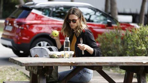 Aké jedlo je vhodné počas dlhých ciest autom? A čo radšej nejesť?