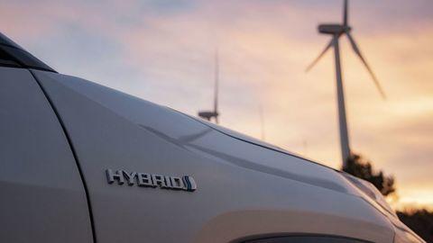 Hybridy sú najrýchlejšou cestou pre zníženie CO2 emisií