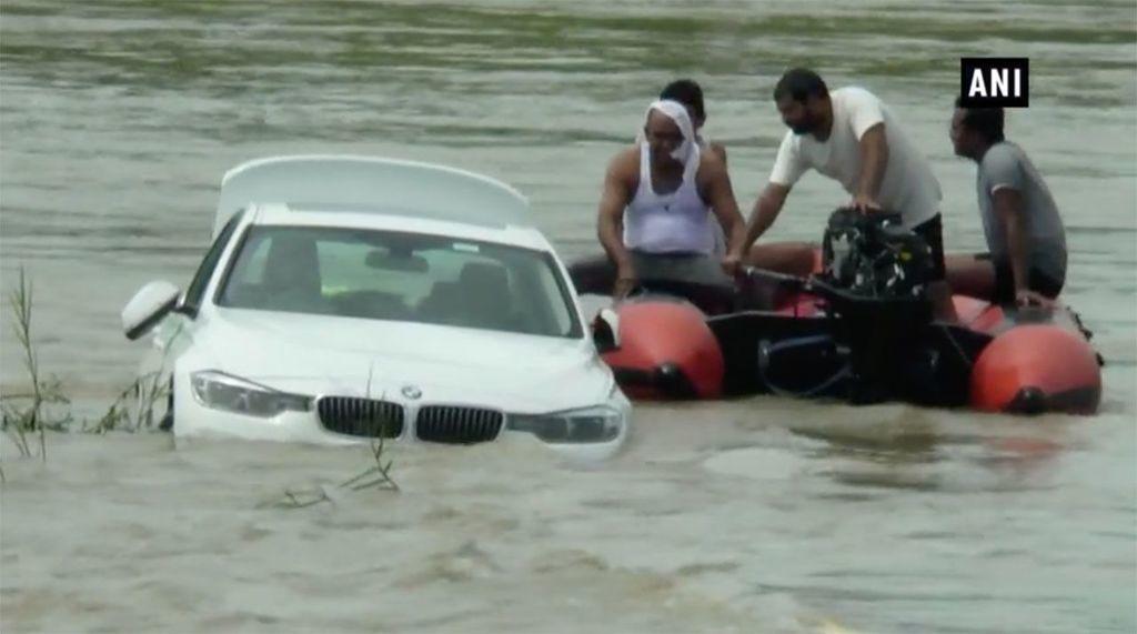 utopil BMW 3 zlý narodeninový darček