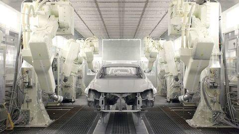 Ako sa lakujú luxusné autá? Postup prezrádza Lexus