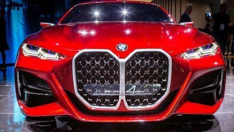 BMW vo Frankfurte ukázalo novú X6 a šokovalo ľadvinkami