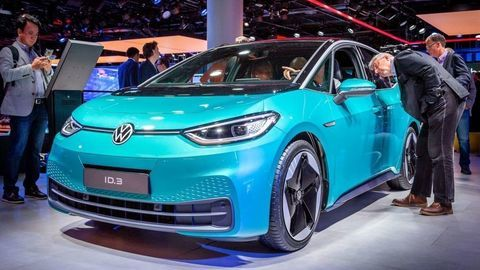 Volkswagen ID.3 zabil nudu a uviedol nové logo VW