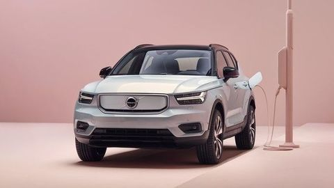 Thumb 259200 volvo xc40 recharge p8 awd in glacier silver
